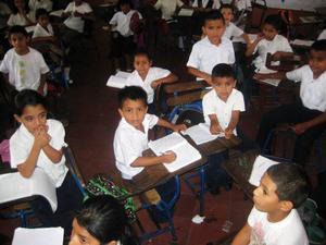 En klass på en skola med inkluderade klasser för barn med utvecklingsstörning i Matagalpa.