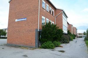 Lågdelen av Gärdesskolan, där många av de gamla klassrummen finns, försvinner när skolan byggs om.