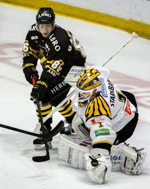 Oscar Ahlström i AIK-tröjan.