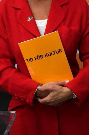 """Konsumenterna satsar 35 miljarder kronor på kultur varje år, framhåller kulturminister Lena Adelsohn Liljeroth. """"Det är deras visioner och deras engagemang som avgör kulturens framtid"""", säger hon.Foto: Fredrik Sandberg/Scanpix"""