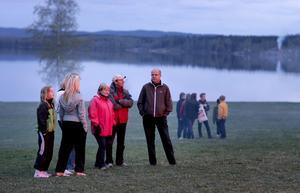 Stämningsfullt. Trots att solen lyste med sin frånvaro så fanns det ändå värme vid Jägarnäs.