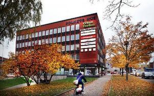 Det är inte alls säkert att Falu kommun köper Folkets hus, nu har ett nytt förslag arbetats fram. Foto: Staffan Björklund