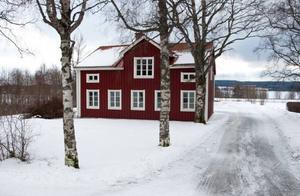 Skolhuset i Odensala är sålt och landade efter budgivningen på lite drygt 1,7 miljoner kronor.
