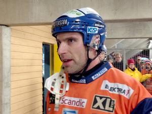 Kapten Andreas Westh kämpade tappert - men förgäves på