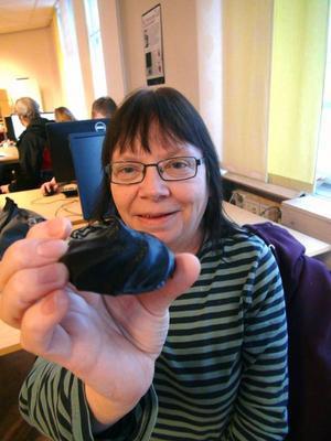 –Titta, jag har gjort en Mums-Mums. Konstnären Aino Näslund som ser många möjligheter i sin yrkesutövning som konstnär med 3D-tekniken.