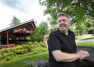 Pärlan. Med ideellt arbete kommer Anders Wiklund och de andra i parkstyrelsen att göra vad de kan för att göra Söderbärke till en levande Folkets park.