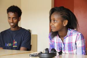 Mahmud Gabir går i årkurs 8 och Lucy Wambui går i årskurs 7 och i förberedelseklass.