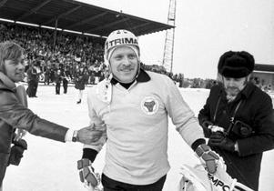 1976 stod åter Dallas och Broberg på toppen efter SM-finalsegern mot Falun med 6-2. Dallas själv var matchens store man med sina två mål och tre målgivande passningar.
