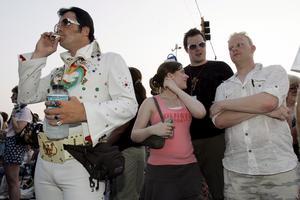 Trots att det är 36 år sedan Elvis Presley dog fortsätter turistströmmarna till Memphis.