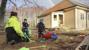 Den pedagogiska omsorgen på Torö drivs vidare, men ombildas från ett familjekooperativ till ett aktiebolag.