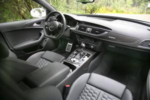 Kvalitetskänslan hos interiören är som vanligt överväldigande när det gäller Audi.Foto: Rolf Gildenlöw/TT