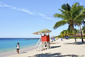 Jamaica är en av de karibiska nyheterna i vinter. Här Montego Bay.