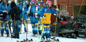 Sveriges stjärna Anna Holmlund får kvala på lördagen istället.