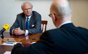 Kungen intervjuades på Stockholms slott av TT:s reporter Tomas Bengtsson.