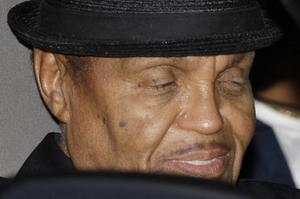 Joe Jackson, popikonen Michael Jacksons far, kan bli utan arv.