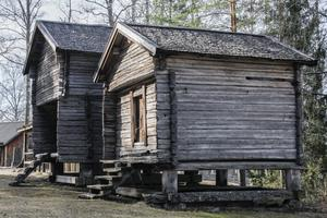 Bjuråkers hembygdsförening äger inte mindre än 63 byggnader med tak.