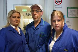 Funderar på framtiden. Ulrika Gardegren, Håkan Jansson och Helena Ternström jobbar på Matfabriken i Sala.