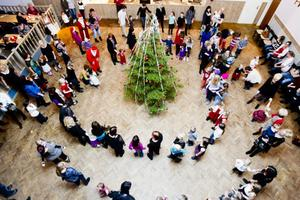 Drygt 200 personer kom till folkan i Ljusne för att ta farväl av julen.