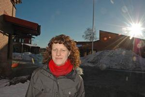 MILJÖMÅL. Christina Peterson, miljöinspektör i Älvkarleby kommun, berättar att under 2011 ska de se över vilka områden som är förorenade i kommunen. Det rör sig främst om deponier.
