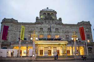 Kungliga Dramatiska Teatern i Stockholm.