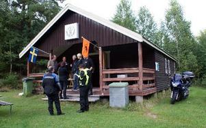 Klubbstugan är en före detta skidstuga. Numera äger klubben både hus och mark. Den ligger i Ålkilen, strax bortanför Trollkrogen i Gräv.