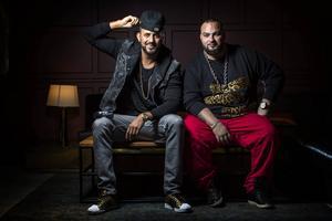 Medina består av Sami Rekik och Ali Jammali. Jammali, till höger, är född i Östersund och uppvuxen på Frösön och i Gällö.