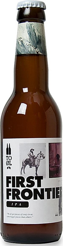 To Øl First Frontier IPA är en mycket smakrik, massivt humlad och påtagligt besk belgisk ale av ypperlig klass.
