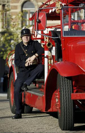 Tommy Jansson har bistått med fakta och research om Sundsvalls brandkår.