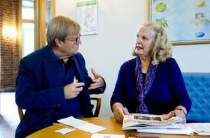 Anita Wallstedt kämpar för människor som blivit mobbade på jobbet. Här i intervju med vår reporter Klas Leffler.