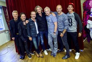 Christer Sandelin och Tommy Ekman i Style, Patrik Isaksson, Tommy Nilsson, Thomas Järvheden, Andreas Lundstedt och David Lindgren.