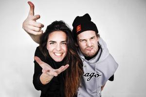 Artisterna Nathalie Missaoui och Johan Bäckström har under en vecka hållit workshopen