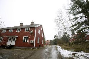 Fastigheterna som förvärvats ligger på Östermalmsvägen i Vallgrind.