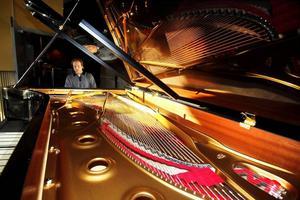 Instrumentet för dagen. I kväll invigs Gävle Konserthus nya Steinway-flygel modell D-274. Eller? Per Tengstrand, som spelade på den i tisdags kväll under en pianoafton, tycker att den redan är invigd. Men Konserthuset kallar kvällens konsert för flygelinvigning.