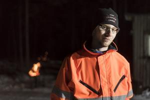 Micke Jernström 26 år, från Sveg, är en av de mest trogna supportrarna.