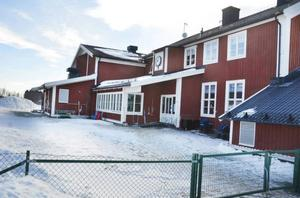 Klövsjö skola ska inte röras under kommande mandatperiod lovar S i Bergs kommun.