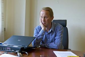 – Redan till årsskiftet ska flytten vara klar, säger Långselefabrikens vd Niklas Hörvallius.