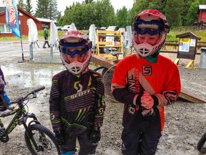 Noak, 8 år, och Axel  Widman, 10 år,  besökte bikeparken i fredags tillsammans men pappa Jesper Widman. Killarna var nöjda och tyckte att downhill var riktigt roligt. Detta gör de gärna om fler gånger!