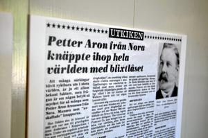 Blixtlås. Petter Aron från Nora uppfann blixtlåset. Aron blir Nora baklänges.