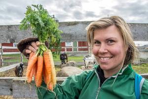 Cecilia Stenhammar hade liftat från Stugun till Ås – och hittade lite morötter.