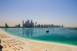 I Dubais turkosa vatten ska en undervattensstad byggas.