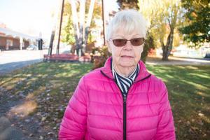 Gunbritt Tyrell, 80 år, pensionär, bor i Centrum i Fagersta. – Det är mycket trafik och många som kör för fort. Annars trivs jag i området.