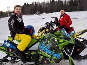 Daniel Rönnung och Joakim Eriksson i Njurunda MK ser fram emot att få arrangera Svenska mästerskapen i skoter. Första helgen i februari är det nämligen dags för deltävlingar på Nolby motorbana igen, för första gången sedan 2002.