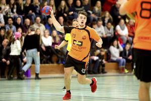 Niklas Johansson gjorde sju mål i bortamötet med Eskil. En match som dock förlorades med exakt samma marginal, 24–31.