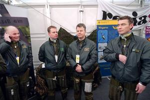 Vingarna. Håkan Lundqvist, Jonas Tjärnström, Lars-Åke Nilsson och Stefan Borg har deltagit i två helikopteruppvsningar under helgen.