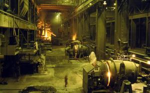 En bild tagen inne i gamla stålverket innan demonteringen.