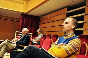 Det blev en lång debatt under landstingsfullmäktige där medborgarförslaget återremitterades.    – Jag är förvånad att man inte har lyckats få fram ett bättre underlag på 14 månader för dem som trots allt ska besluta i frågan, säger Gunnar Hagqvist.