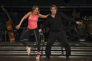 Johan Rabaeus, här med sin danspartner Cecilia Ehrling, tycker att det finns ett visst mått av vansinne i