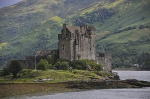 Populärt. Förmodligen är ingen vy i hela Skottland mer fotograferad än Eilean Donan Castle, belägen på en ö där tre fjordar möts.