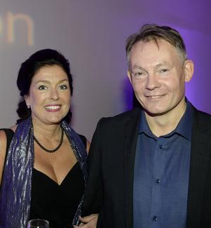 Pernilla Åhlin från Hedern Fastigheter och Anders Svensson såg fram att mingla och nätverka.