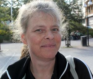 Stina Larsson, Sollefteå:– Nej, jag har gått ur Svenska kyrkan.